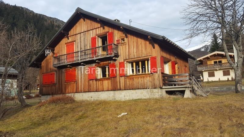 Deluxe sale house / villa Chamonix mont blanc 685000€ - Picture 1