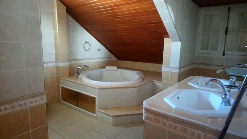 Vente maison / villa L etang sale 459000€ - Photo 4