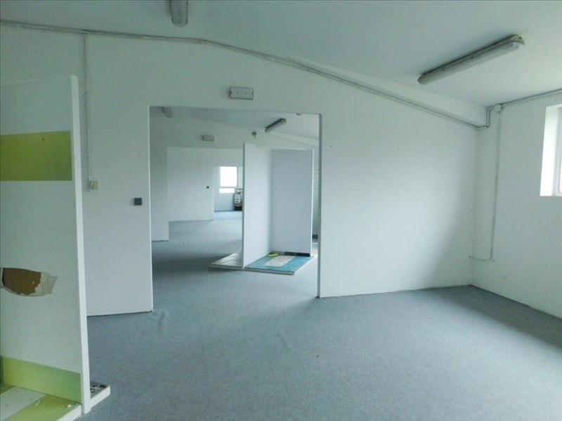 Location local commercial Landean 1 400€ HT/HC - Photo 3
