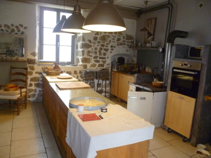 Sale house / villa St laurent de chamousset 499 000€ - Picture 8