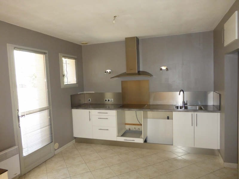 Location maison / villa St maximin la ste baume 1 300€ CC - Photo 2