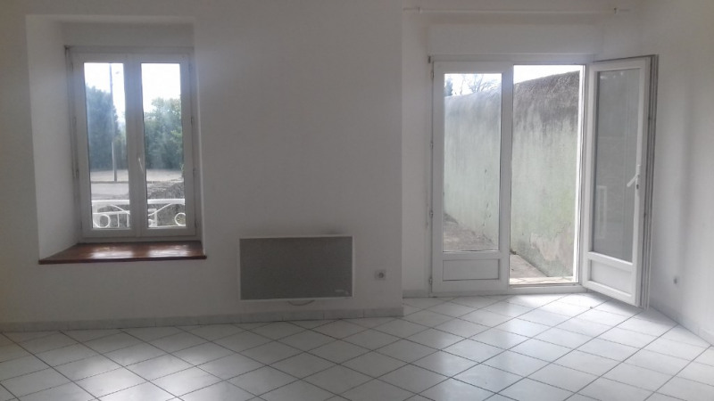 Rental house / villa Carlipa 580€ CC - Picture 3