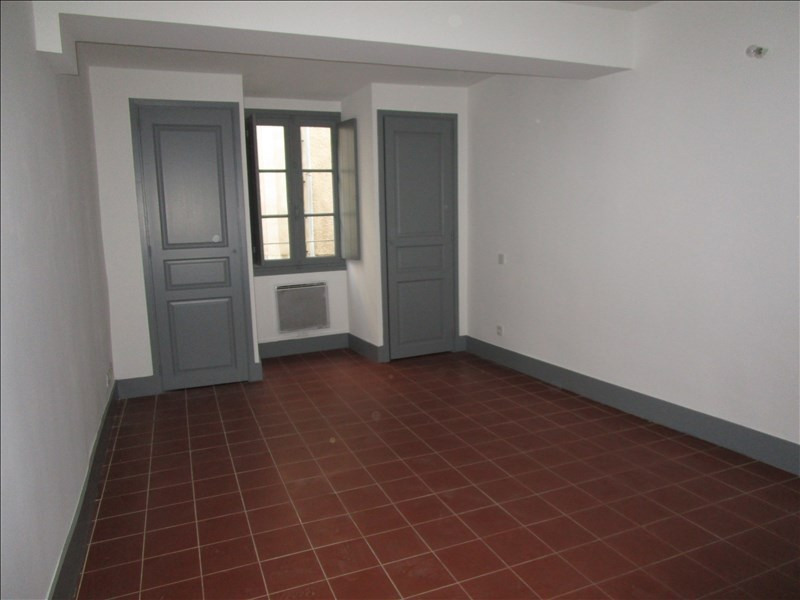 Rental apartment Carcassonne 360€ CC - Picture 3