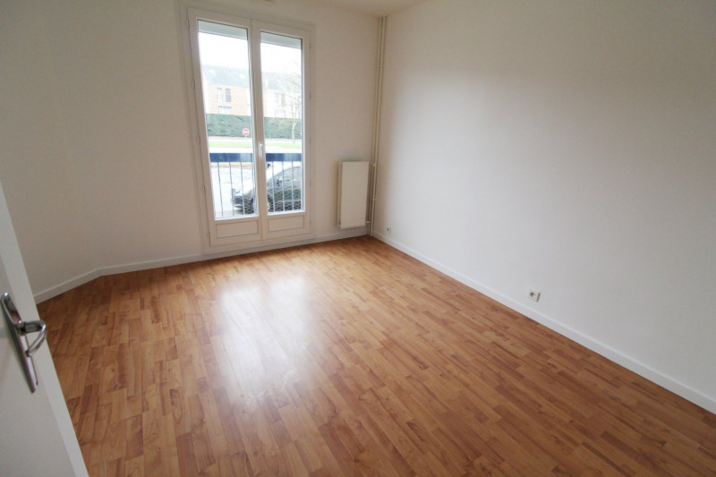 Location appartement Maurepas 1 280€ CC - Photo 10