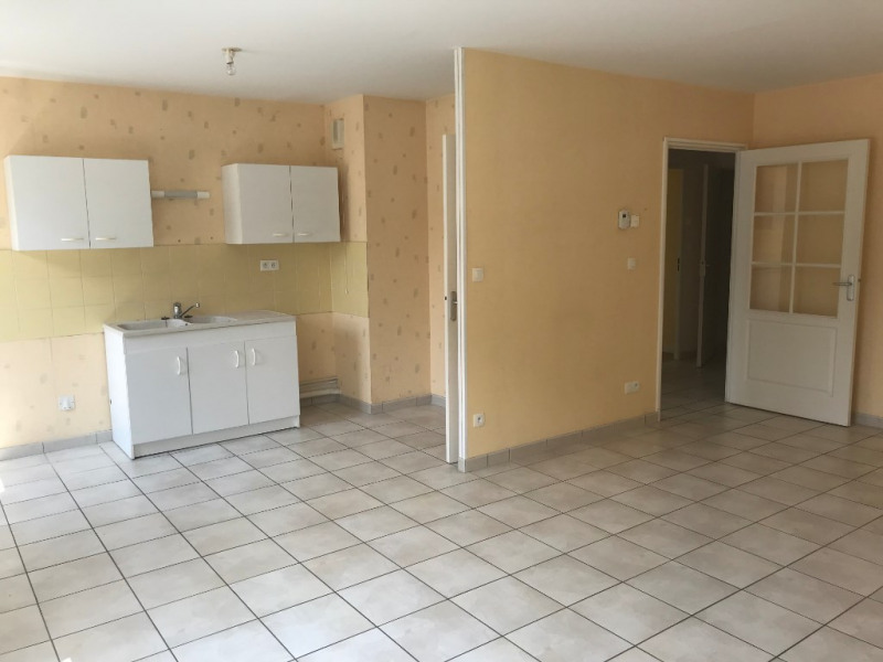 Sale apartment Murs erigne 111600€ - Picture 3