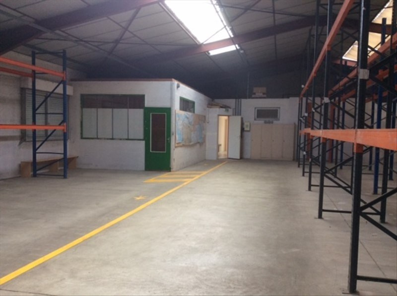 Location local commercial Cholet 2 200€ HT/HC - Photo 3