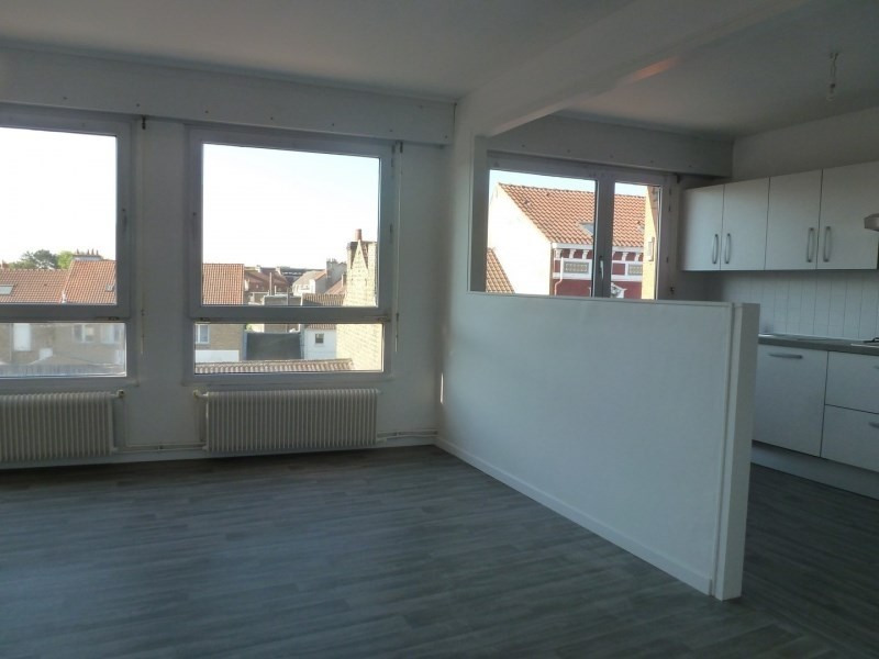 Rental apartment Coudekerque branche 690€ CC - Picture 2