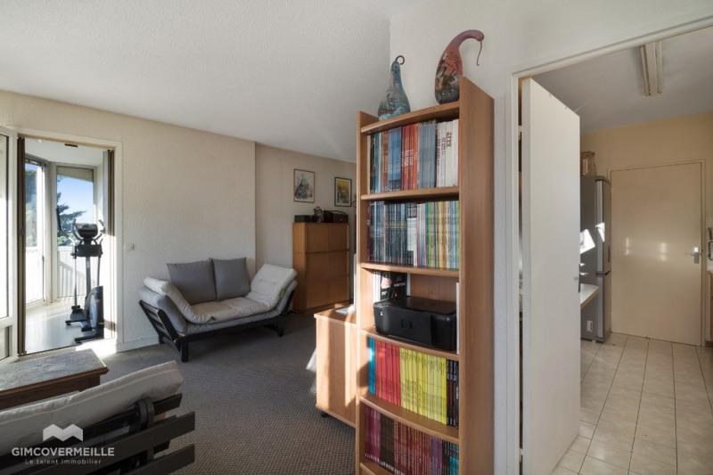 Sale apartment Chatou 248000€ - Picture 2