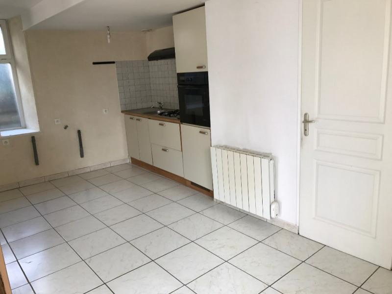 Sale house / villa Voves 99200€ - Picture 3