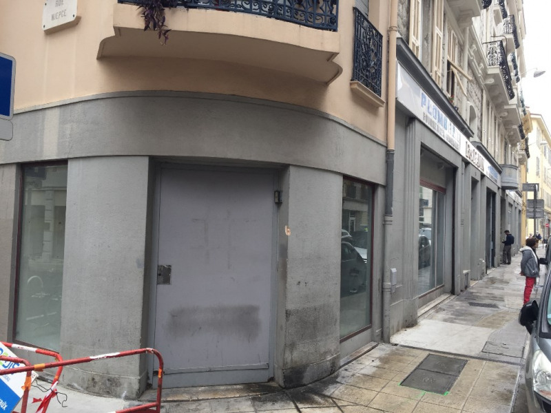 Location local commercial Nice 8 500€ CC - Photo 10