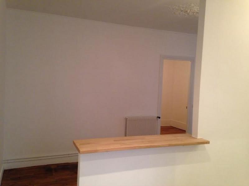 Rental apartment Levallois perret 1073€ CC - Picture 9