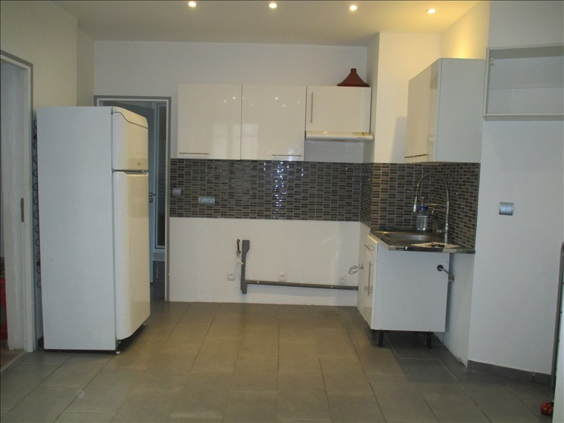 Sale apartment Ste savine 65 000€ - Picture 2