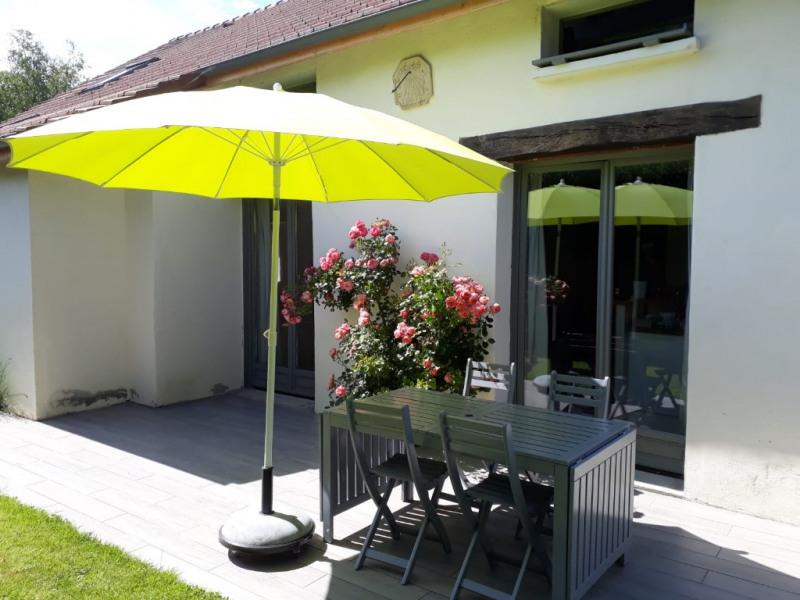 Sale house / villa Montfort-l'amaury 425000€ - Picture 2