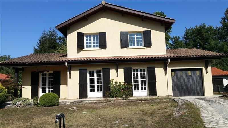 Sale house / villa St jean d illac 440000€ - Picture 1