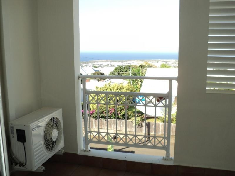 Sale apartment Ste clotilde 151 200€ - Picture 6