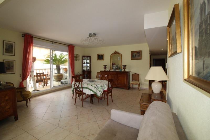 Vente de prestige appartement Hyeres 676000€ - Photo 12