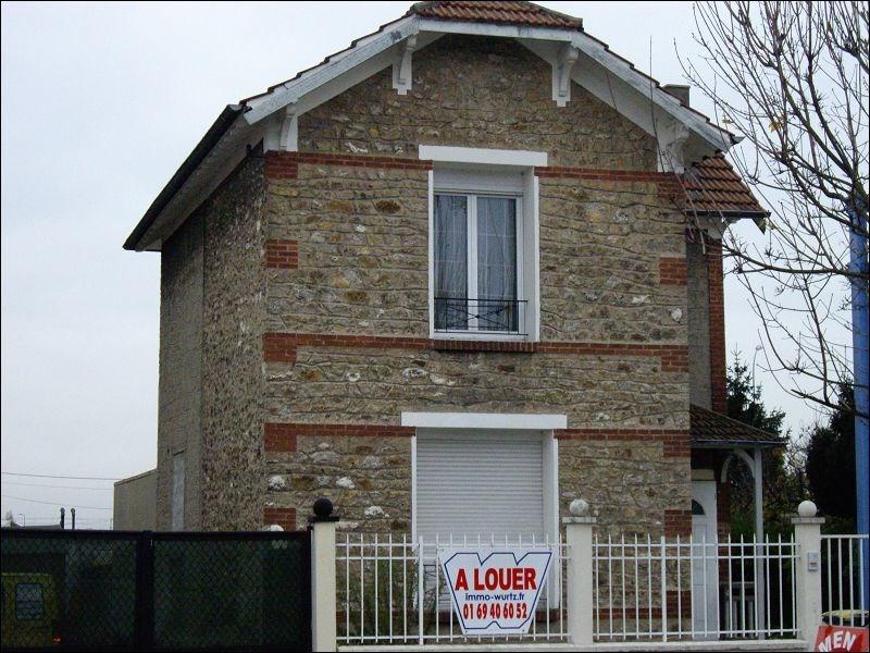 Location appartement Montgeron 596€ CC - Photo 1
