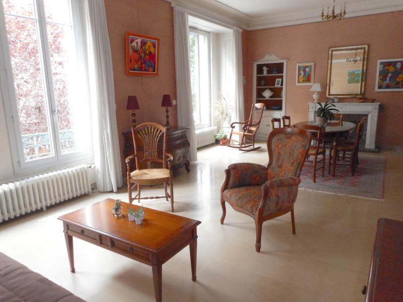 Vente appartement Lons-le-saunier 245000€ - Photo 2