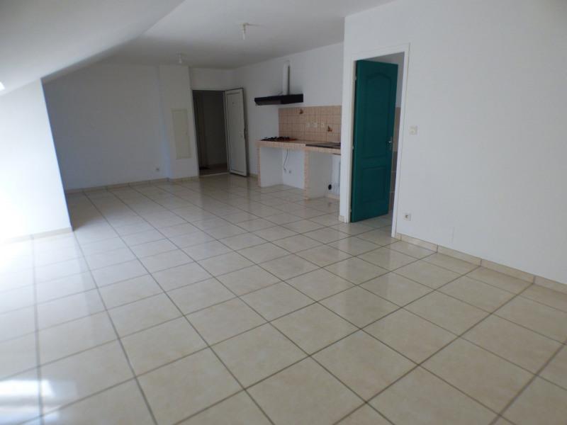 Rental apartment L etang sale 584€ CC - Picture 1