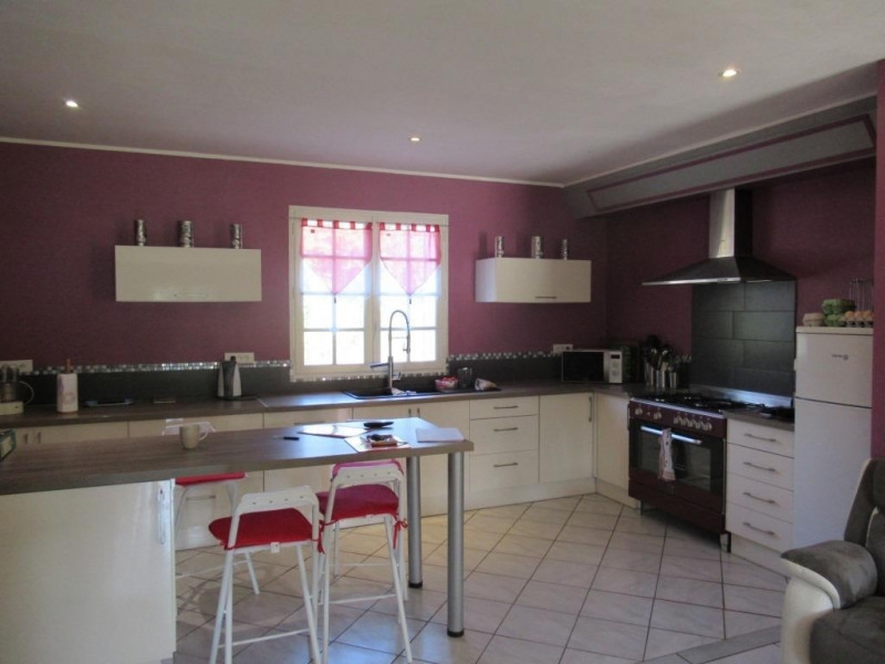 Sale house / villa Cours de pile 233500€ - Picture 4