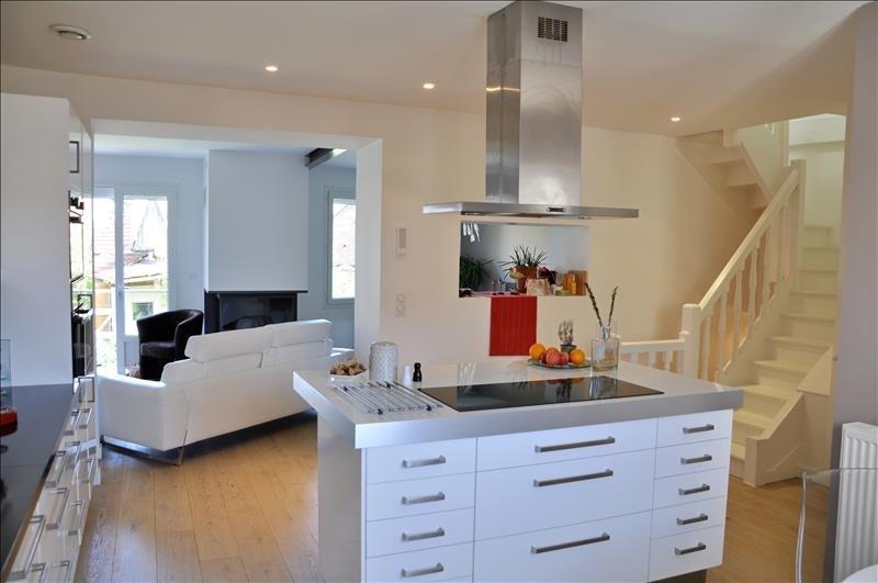 Sale house / villa Feucherolles 730000€ - Picture 4