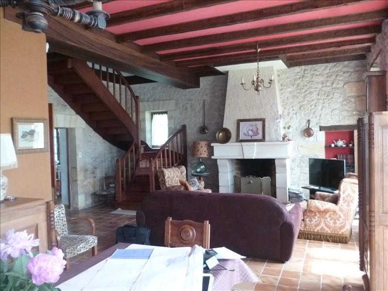 Sale house / villa Villefranche de lonchat 280000€ - Picture 2