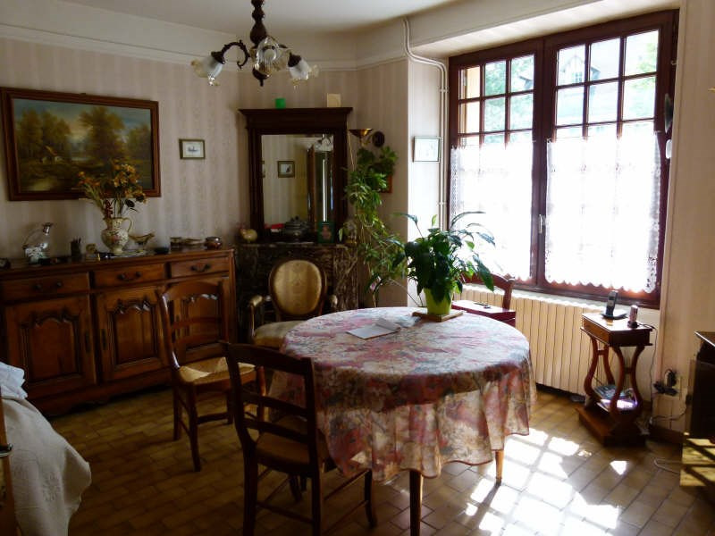 Sale house / villa Montfort-l'amaury 250 000€ - Picture 2