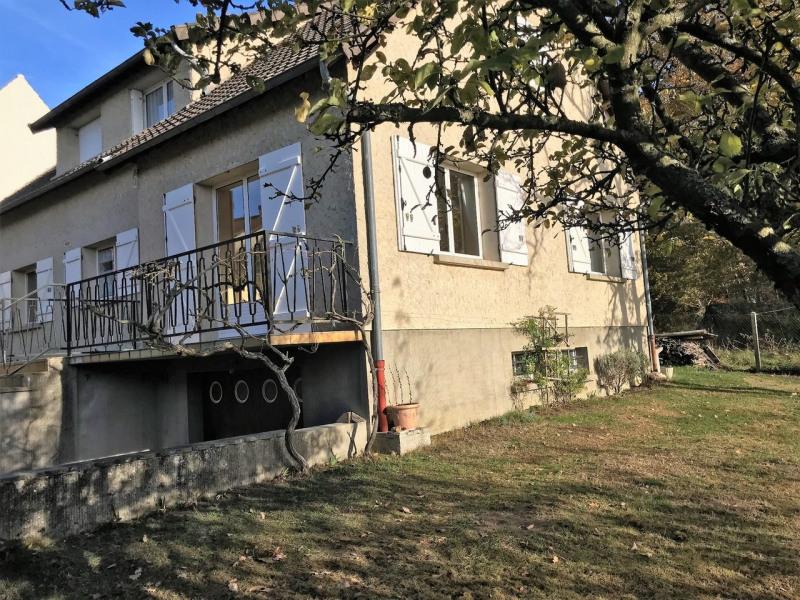 Sale house / villa Poigny-la-forêt 345000€ - Picture 1