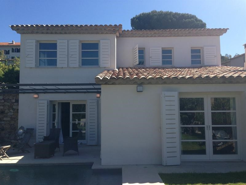 Location vacances maison / villa Saint-tropez 1 050€ - Photo 1