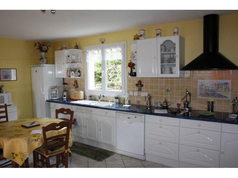 Sale house / villa Presailles 110000€ - Picture 4