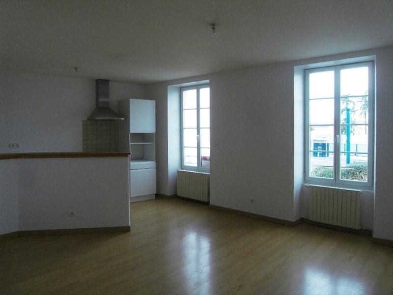 Location appartement Cognac 596€ CC - Photo 3