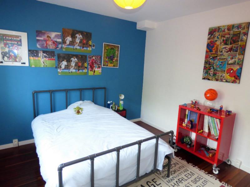 Sale house / villa Saint loubes 400000€ - Picture 7