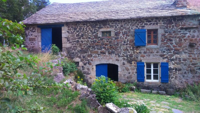 Sale house / villa Presailles 66000€ - Picture 1