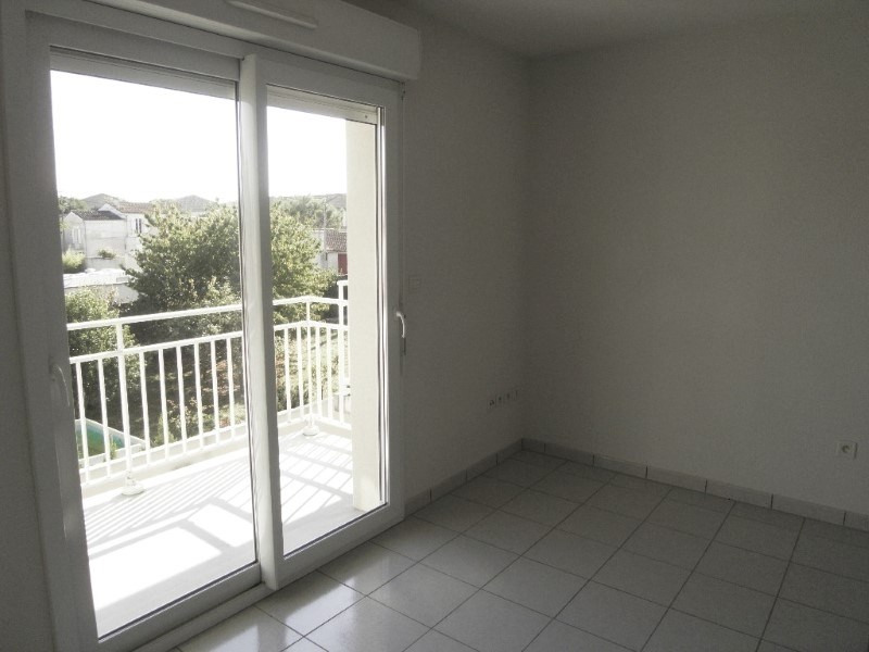 Rental apartment Cognac 261€ CC - Picture 1