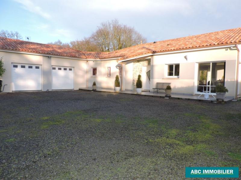 Vente maison / villa Chaptelat 280900€ - Photo 1