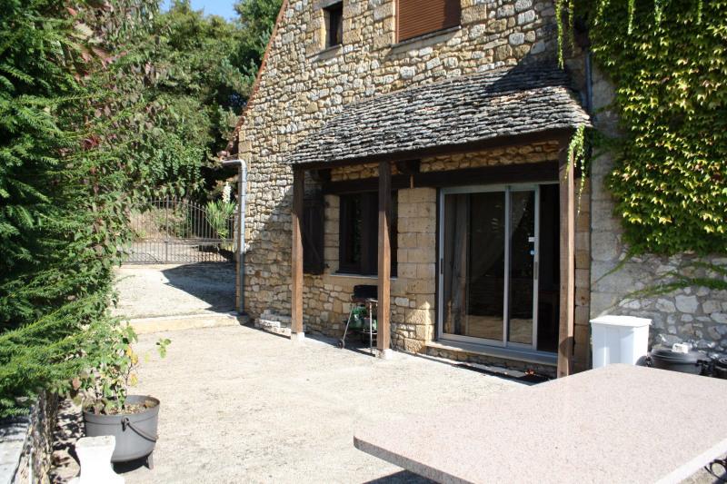 Vente maison / villa Saint-cyprien 371000€ - Photo 12
