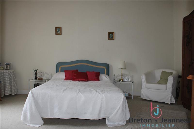 Sale house / villa Chateau gontier 158080€ - Picture 10