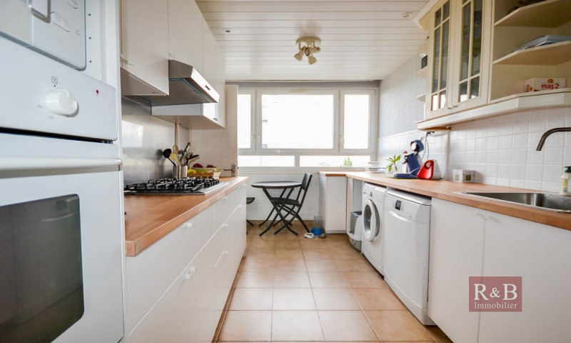 Sale apartment Les clayes sous bois 175000€ - Picture 3