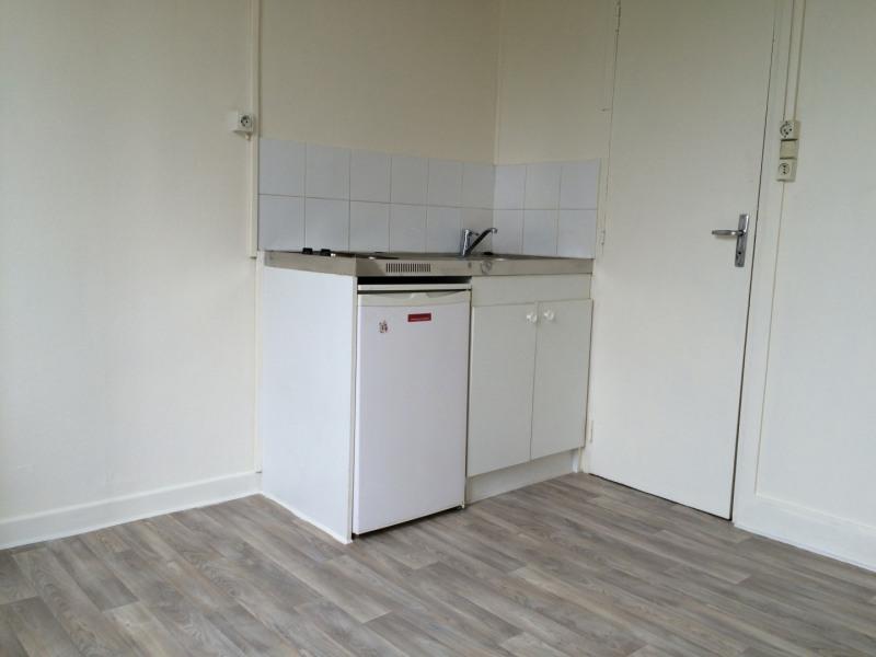 Location appartement Épinay-sur-seine 385€ CC - Photo 3