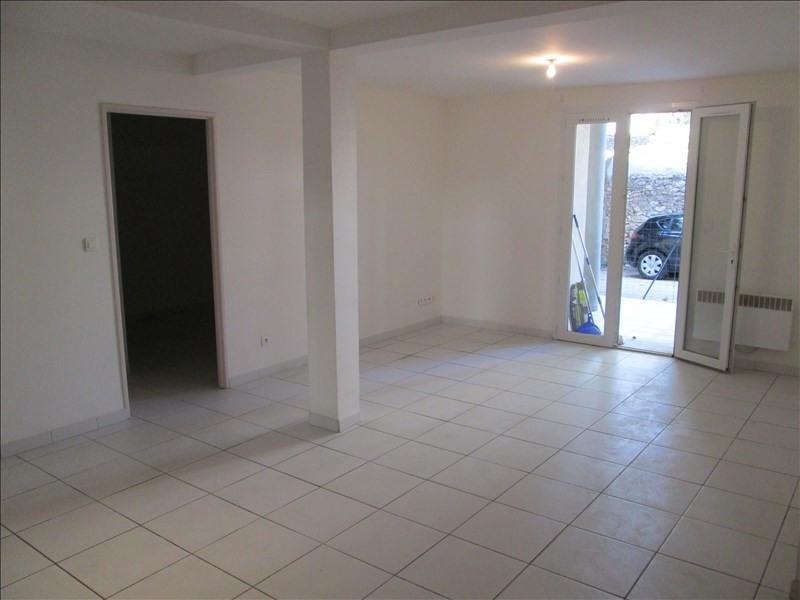 Rental apartment Poussan 782€ CC - Picture 2