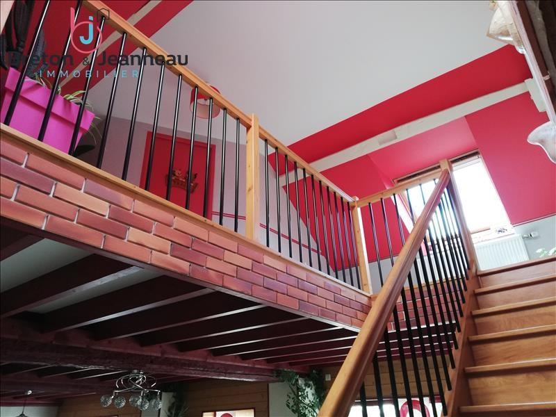 Sale house / villa Argentre 286000€ - Picture 6