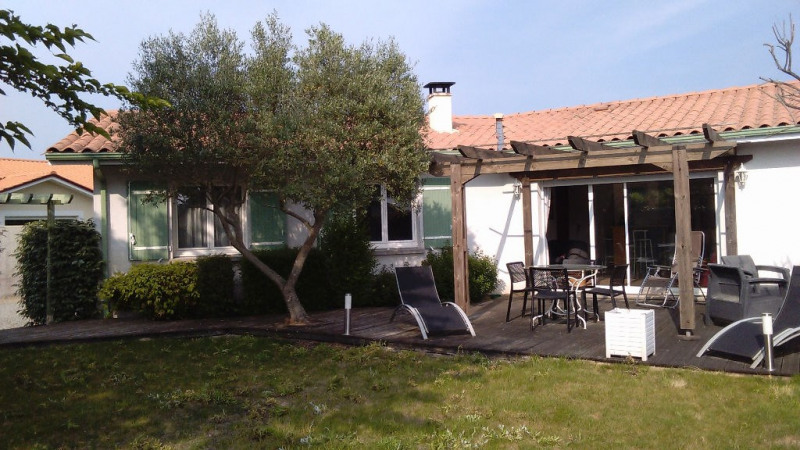 Sale house / villa Biscarrosse 414 750€ - Picture 1