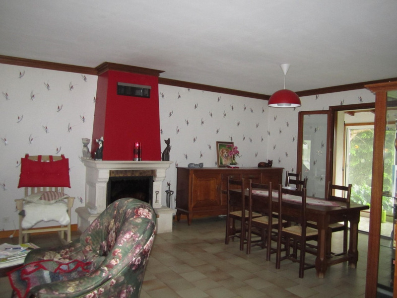 Sale house / villa Condéon 210 000€ - Picture 6