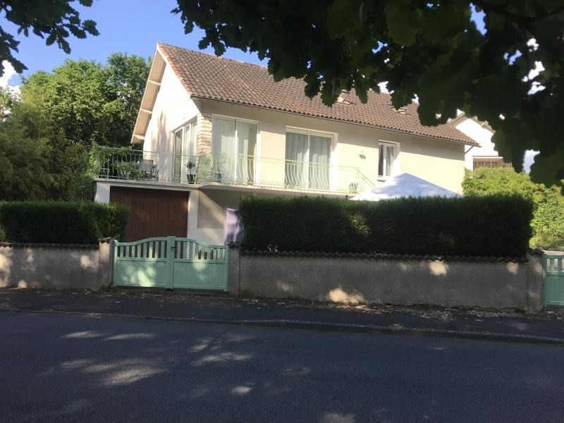 Investment property house / villa Fontaine le comte 239 000€ - Picture 1