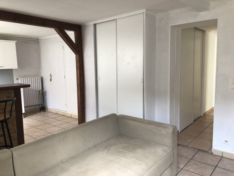 Location appartement La ville du bois 865€ CC - Photo 2