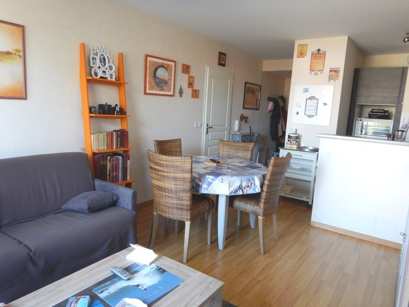 Sale apartment Château-d'olonne 160 500€ - Picture 1