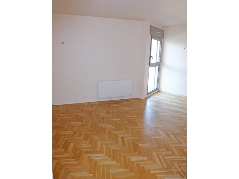 Rental apartment Limonest 977€ CC - Picture 5