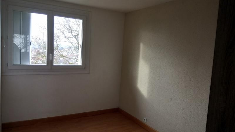 Sale apartment Cholet 65 300€ - Picture 4