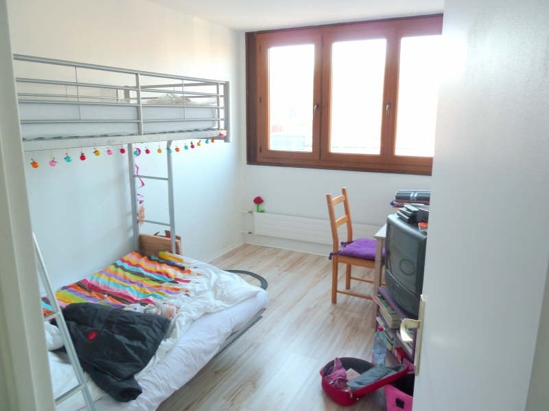 Rental apartment Andresy 915€ CC - Picture 2