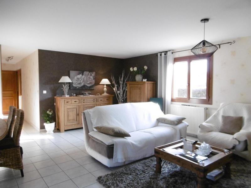 Vente maison / villa St rémy en rollat 227000€ - Photo 2